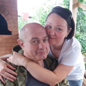 Узнав страшный диагноз – карцинома, они решили пожениться. Но жизнь преподнесла сюрпризы