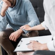 Как понять, нужна ли онкологическому пациенту помощь психолога